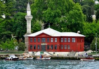 Yalı Mosque in Istanbul.