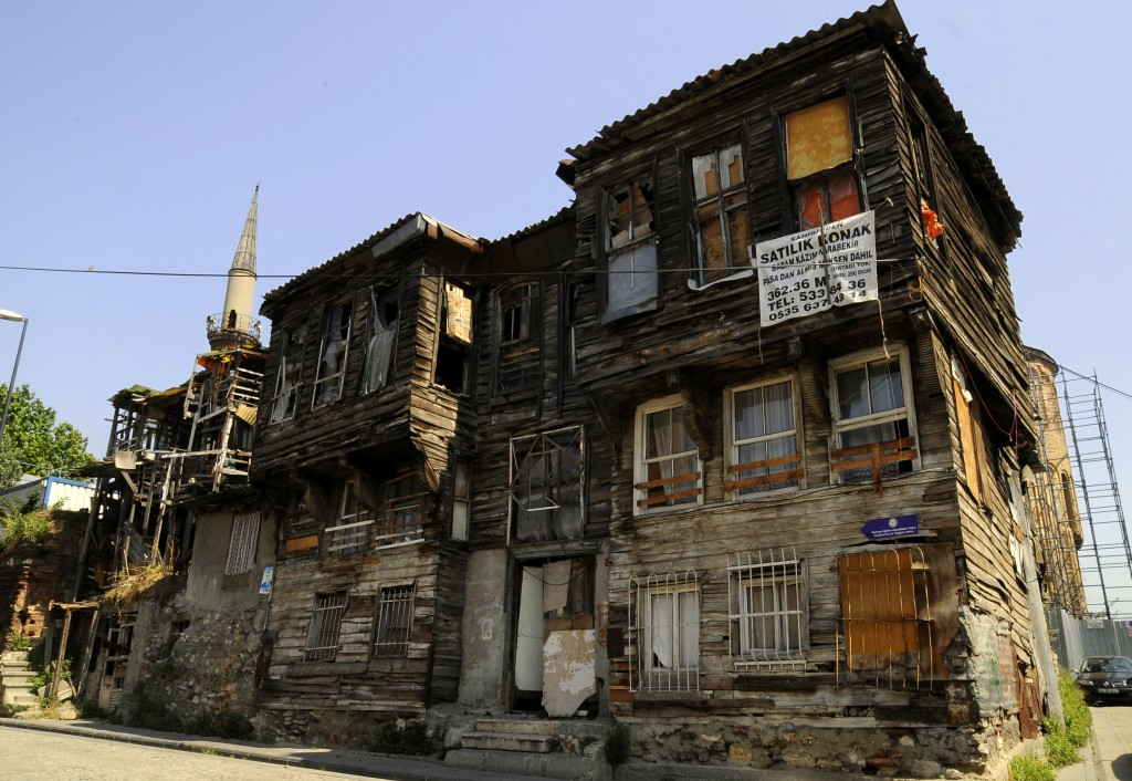istanbul Historic Peninsula Old Ottoman Wooden Houses