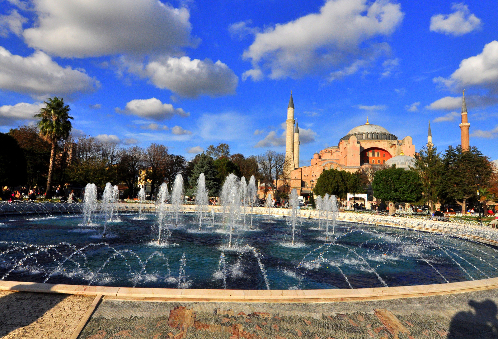 اسطنبول الطقس في الربيع وأفضل وقت لزيارة اسطنبول آيا صوفيا