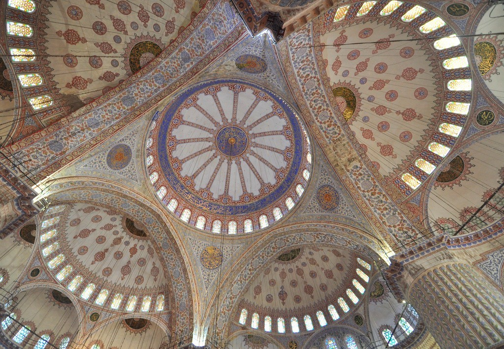 architectural-design-of-blue-mosques-dome