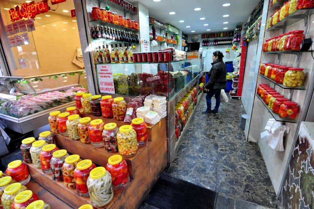 Özcan Turşuları pickle shop - Kadikoy Things To Do & Places To See