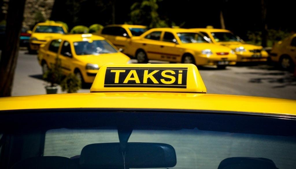 Istanbul New Airport Taxies
