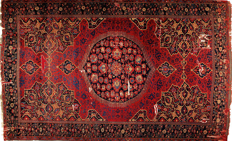 Oushak Carpet With Medallion 16th Century