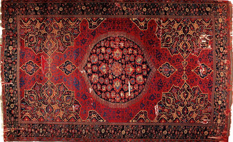 Oushak Carpet With Medallion 16th Century