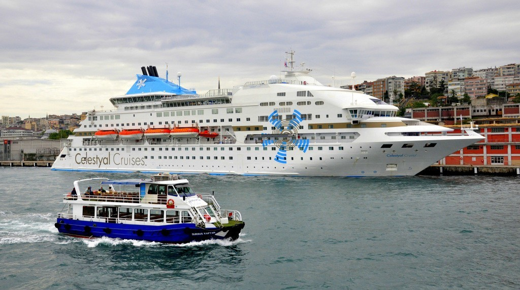 How to get Istanbul Cruise Terminal Galataport At Salipazari by public transportation