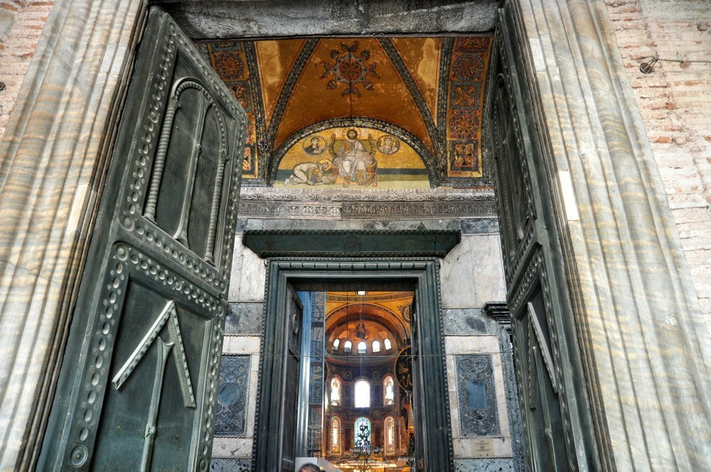 Where Is Hagia Sophia Located? History Of Istanbul And Rome