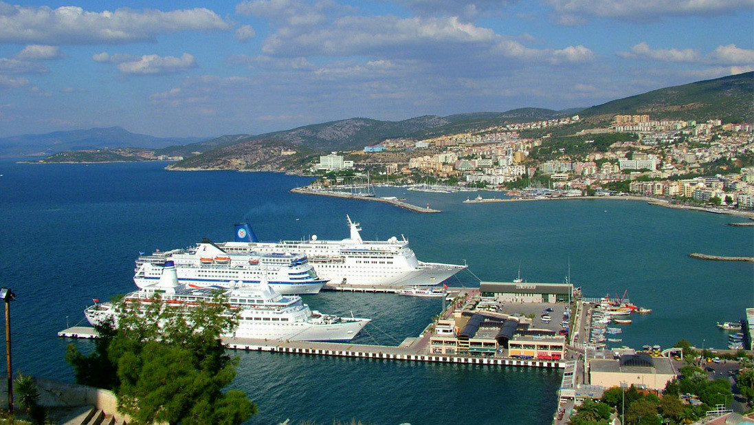 Private ephesus tours from kusadasi cruise port 2018 istanbul clues - Ephesus turkey cruise port ...