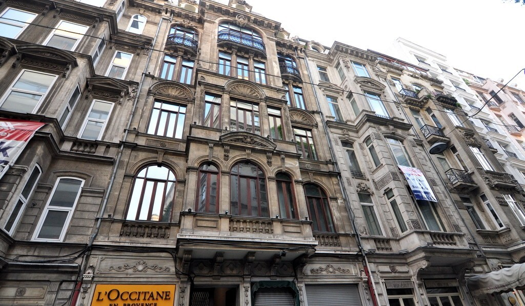 istanbul istiklal street shopping places