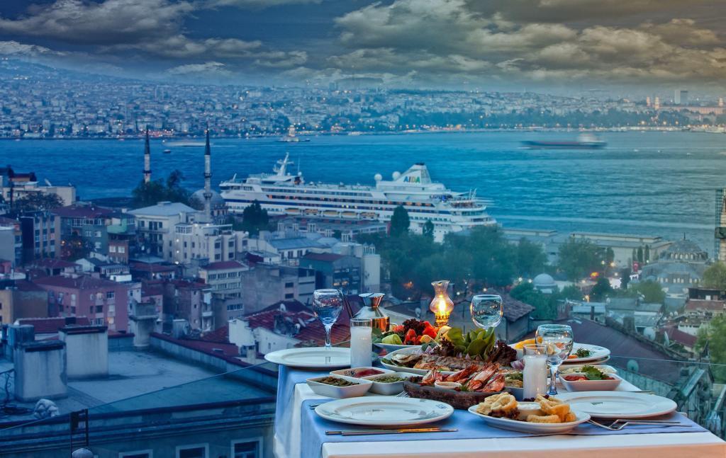 Turkish Meyhane restaurant with view