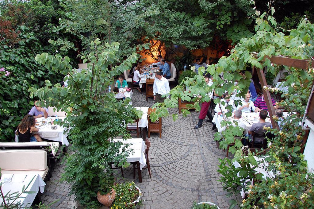 meyhane restaurant in Uskudar