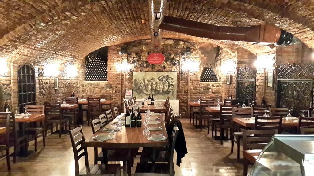 wine house in taksim
