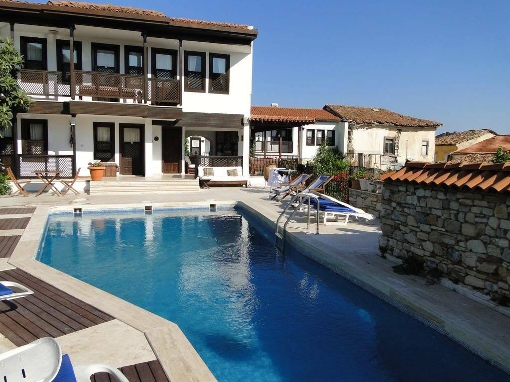best boutique hotels in kusadasi
