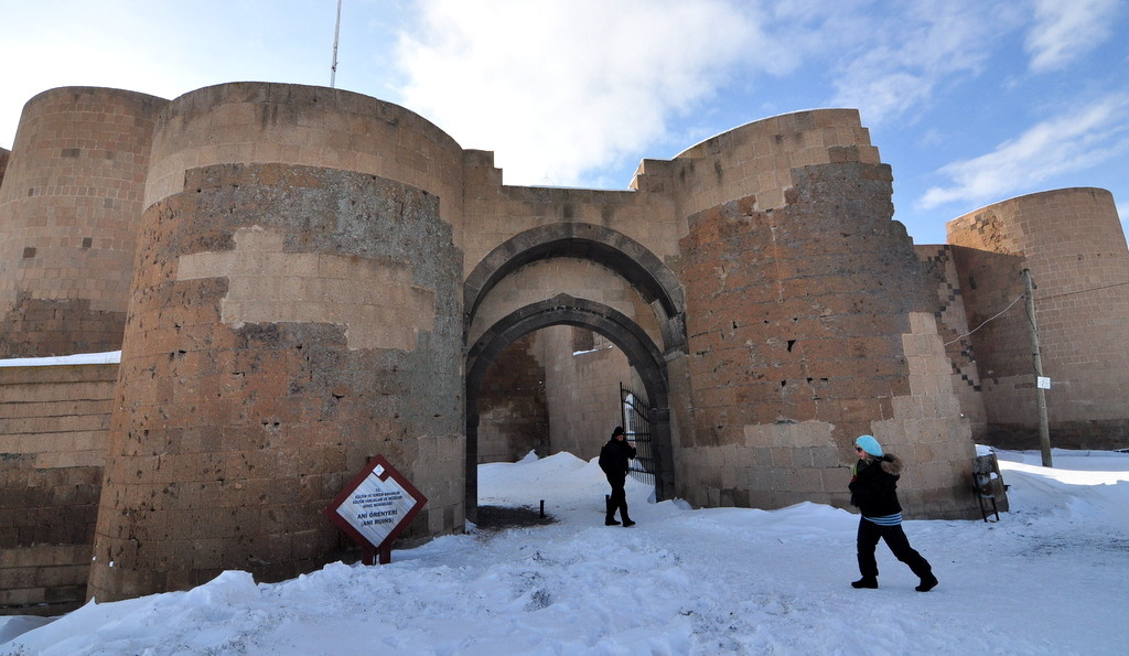 Kars Ani Ruins opening hours