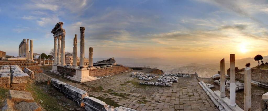 Bergama Acropolis Entrance Fee